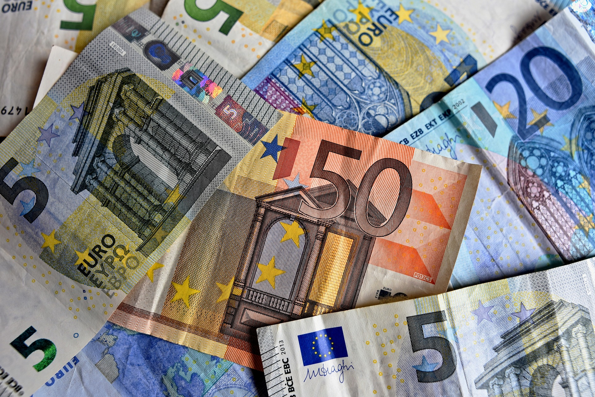 Czy wierzycielowi zawsze przysługuje roszczenie o zapłatę 40 euro?